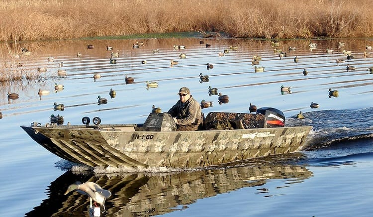 Benefits Of Duck Hunting From A Boat