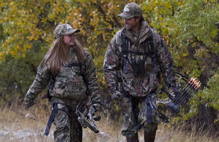 girl with bowhunting mentor